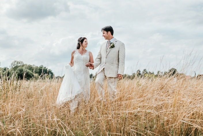 Brautpaarshootig im Freien